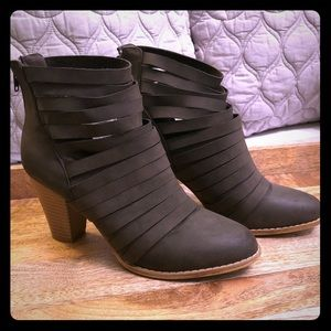 Shoes - Sexy, strappy, dark brown bootie - 7 1/2